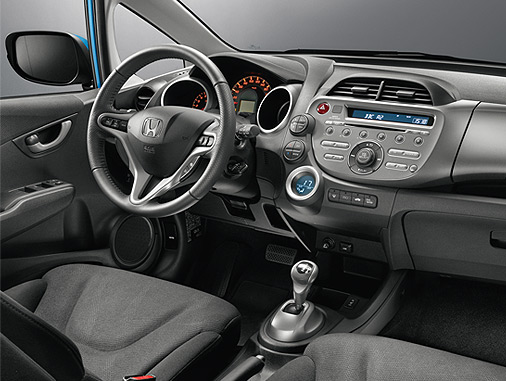 Imagine atasata: 39_JAZZ_INTERIOR_LOW.JPG