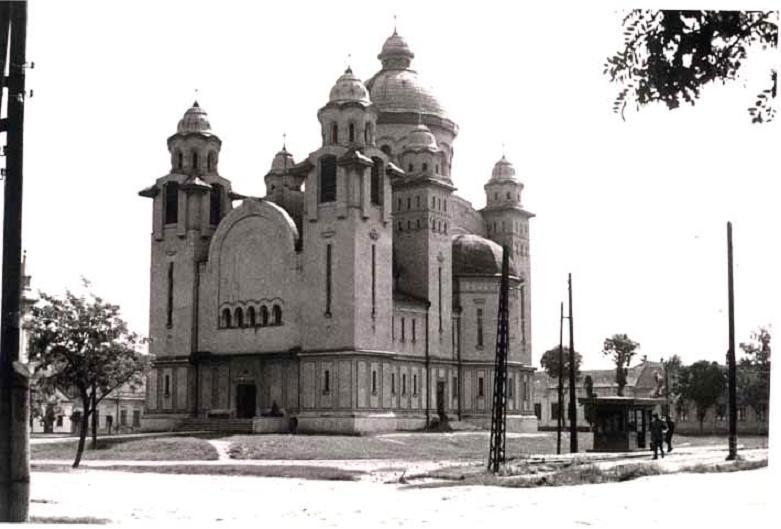 Imagine atasata: Biserica_din_Mehala.JPG