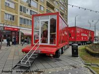 Imagine atasata: Camion Coca Cola - 2018.12.12 - 02.jpg